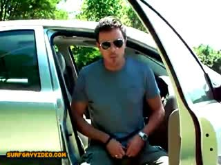 Hunk jacking off in his car