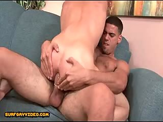 Str8 dude is seduced by his bi gym buddy.